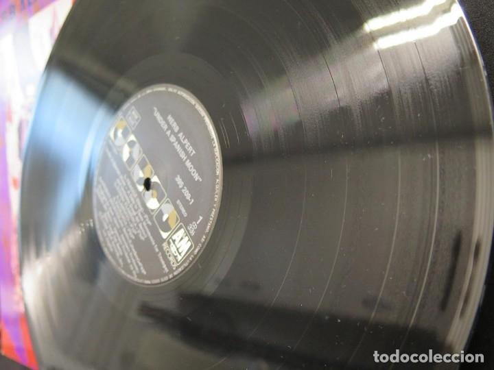Discos de vinilo: HERB ALPERT - UNDER A SPANISH MOON (LP-Vinilo) AÑO 1988, COMO NUEVO-CALIDAD - Foto 17 - 178216845