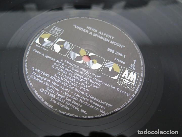 Discos de vinilo: HERB ALPERT - UNDER A SPANISH MOON (LP-Vinilo) AÑO 1988, COMO NUEVO-CALIDAD - Foto 22 - 178216845