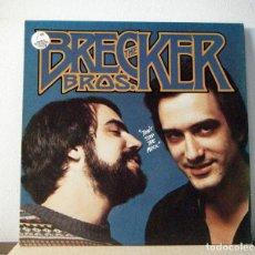 Discos de vinilo: THE BRECKER BROTHERS - DON'T STOP THE MUSIC 77, LENNY WHITE, HIRAM BULLOC KORG EDT USA + ENCARTE, EX. Lote 178314431