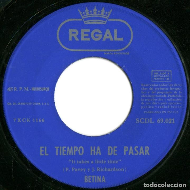 Discos de vinilo: Betina - Entre los dos (1er premio IX Fest. de Benidorm) - Sg Spain 1967 - Regal SCDL69021- Firmado! - Foto 4 - 178392923