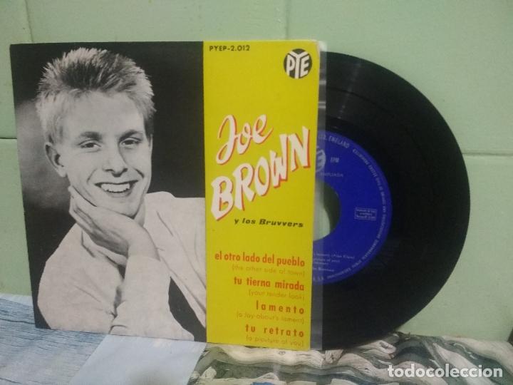 JOE BROWN Y LOS BRUVVERS EL OTRO LADO DEL PUEBLO + 3 EP 1962 SPAIN PEPETO TOP (Música - Discos de Vinilo - EPs - Pop - Rock Extranjero de los 50 y 60)