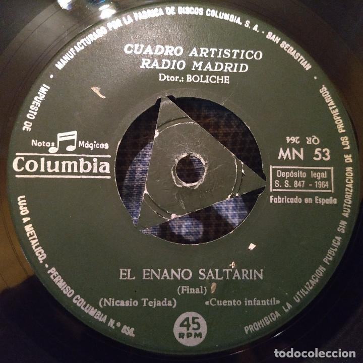 Discos de vinilo: CUENTOS INFANTILES - EL ENANO SALTARIN (CUADRO ARTISTICO DE RADIO MADRID) SINGLE COLUMBIA DE 1964 - Foto 4 - 178744430