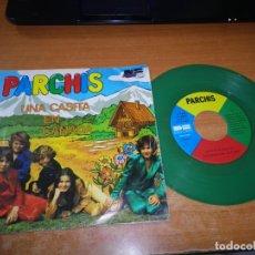 Discos de vinilo: PARCHIS UNA CASITA EN CANADA / AL ALBA SINGLE VINILO 1980 TINO FERNANDEZ VINILO VERDE 2 TEMAS. Lote 178937972