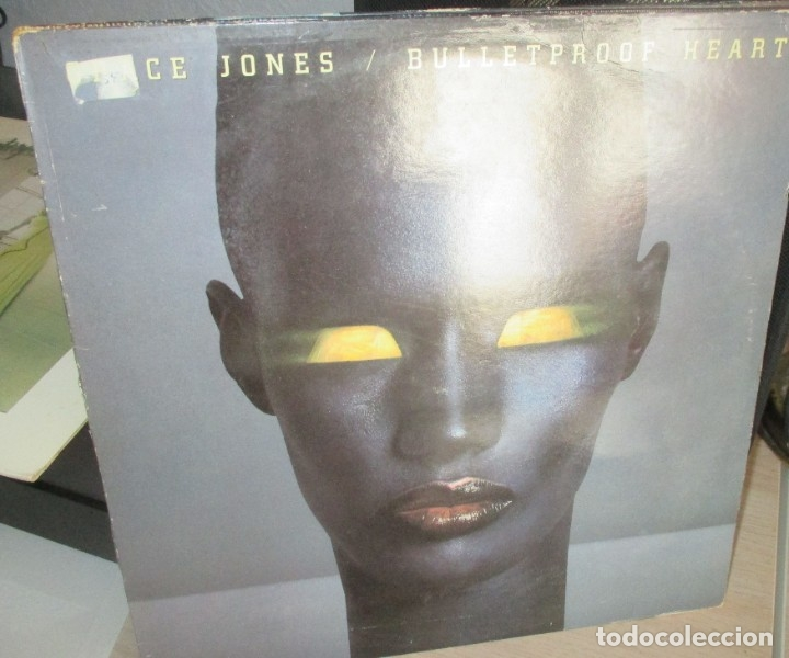 GRACE JONES - BULLETPROOF HEART - CAPITOL LP 1989 (Música - Discos de Vinilo - EPs - Funk, Soul y Black Music)