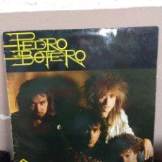 Discos de vinilo: PEDRO BOTERO. GUERRERO (LP) 1988 . FIRMADO POR EL GRUPO EN EL ENCARTE DE LETRAS. Lote 179684670