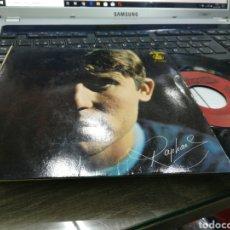Discos de vinilo: RAPHAEL EP LA CANCIÓN DEL TAMBORILERO + 3 PORTUGAL FIRMADO POR EL CONTRAPORTADA. Lote 180167396