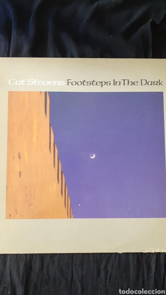LP. CAT STEVENS. FOOTSTEPS IN THE DARK. 1984. (Música - Discos - LP Vinilo - Cantautores Extranjeros)
