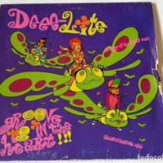 Discos de vinilo: DEEE-LITE - GROOVE IS IN THE HEART - 1990. Lote 180464883