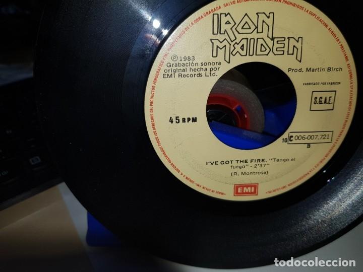 Discos de vinilo: IRON MAIDEN RARO SINGLE ESPAÑOL CON SELLO MUESTRA INVENDIBLE SIN PORTADA COLECCIONISTAS - Foto 2 - 180486516
