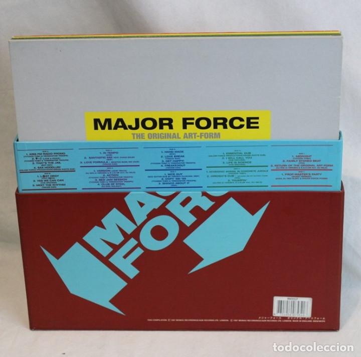 Discos de vinilo: Set box de cinco 12 ,Major Force,Mo Wax,1997 - Foto 3 - 181967888