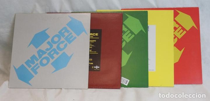 Discos de vinilo: Set box de cinco 12 ,Major Force,Mo Wax,1997 - Foto 4 - 181967888