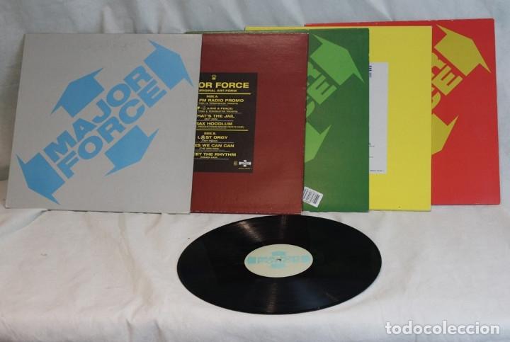Discos de vinilo: Set box de cinco 12 ,Major Force,Mo Wax,1997 - Foto 5 - 181967888