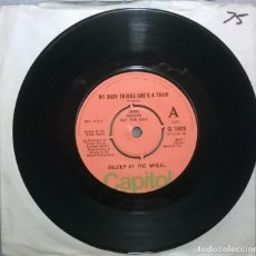 Discos de vinilo: ASLEEP AT THE WHEEL. MY BABY THINKS SHE'S A TRAIN/ RAGTIME ANNIE. CAPITOL, UK 1977 SINGLE DEMO PROMO. Lote 182122800