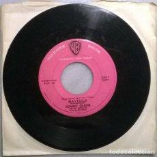Discos de vinilo: TOMMY OLIVER. MAVERICK/ RENDEZVOUS ROCK. WB, USA 1958 SINGLE. Lote 182123415