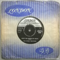 Discos de vinilo: THE EVERLY BROTHERS. LET IT BE ME/ SINCE YOU BROKE MY HEART. LONDON, UK 1959 SINGLE. Lote 182231035