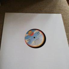 Discos de vinilo: KYLIE MINOGUE-HAND ON YOUR HEART. MAXI. Lote 254771520