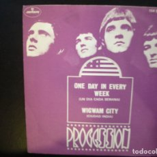Discos de vinilo: PROCESSION- ONE DAY IN EVERY WEEK. SINGLE.. Lote 182384285
