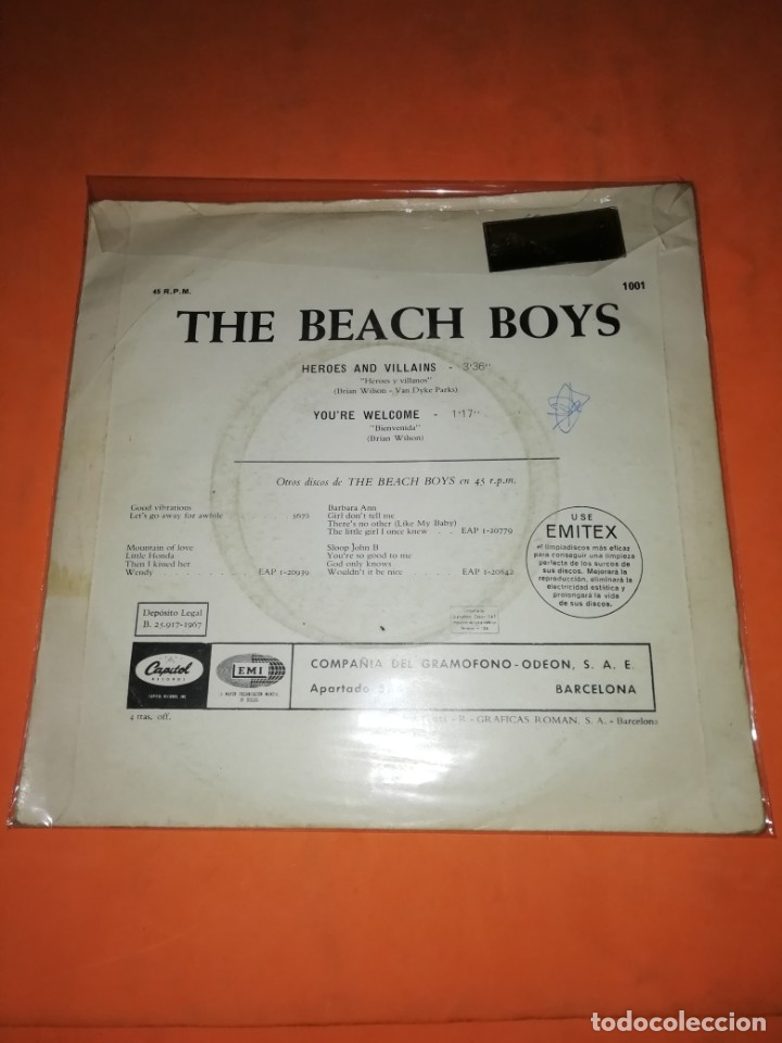 Discos de vinilo: THE BEACH BOYS. HEROES AND VILLAINS. YOU,RE WELCOME. CAPITOL RECORDS 1967 - Foto 2 - 182504645
