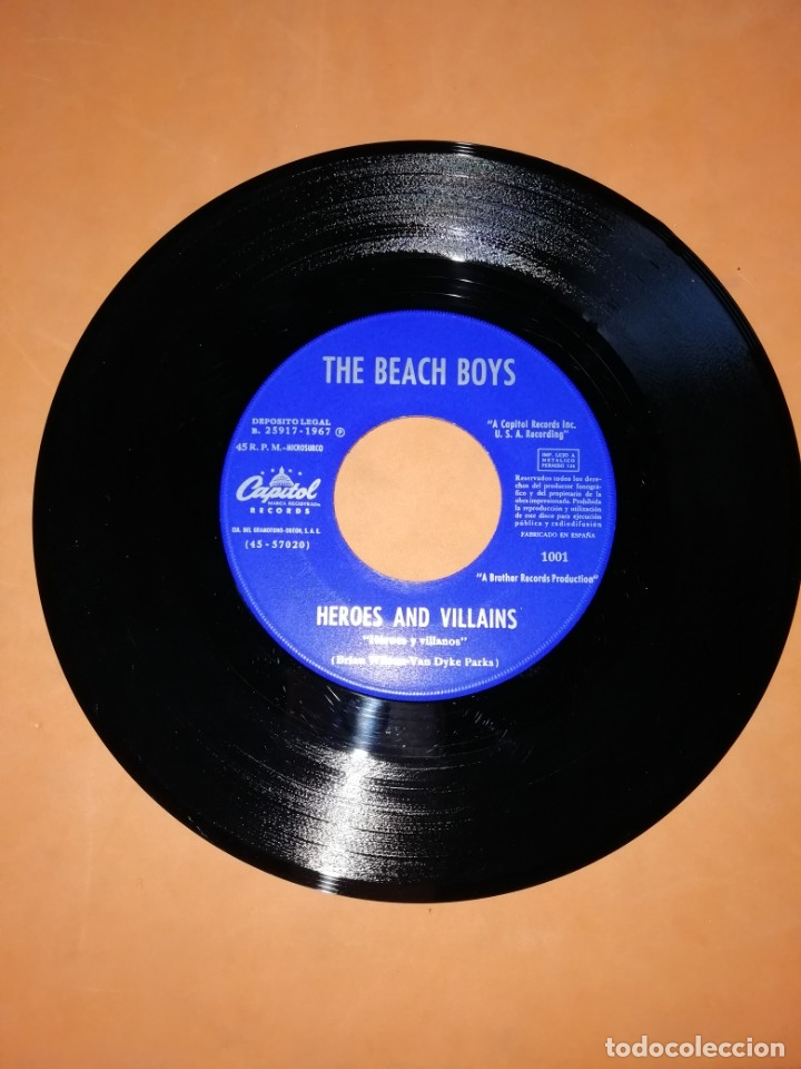 Discos de vinilo: THE BEACH BOYS. HEROES AND VILLAINS. YOU,RE WELCOME. CAPITOL RECORDS 1967 - Foto 3 - 182504645