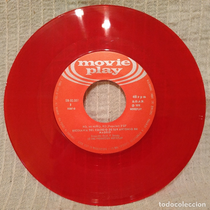 Discos de vinilo: LA NORAGUENA - RO MI NIÑO RO - ESCOLANIA San ANTONIO de MADRID single de color rojo portada gatefold - Foto 5 - 182636941