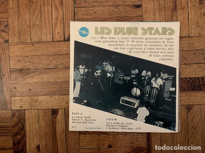 LES BLUE STARS* – LA BONNE FAMILLE SELLO: DISQUES FUGATO – HA 014 FORMATO: VINYL, 7 , 45 RPM (Música - Discos - Singles Vinilo - Étnicas y Músicas del Mundo)