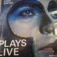 Discos de vinilo: PETER GABRIEL PLAYS LIVE DOBLE LP. Lote 182766576