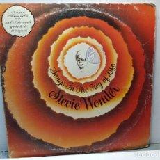 Discos de vinilo: DOBLE LP -STEVIE WONDER- SONGS IN THE KEY OF LIVE FUNDA ORIGINAL 1976. Lote 182908917