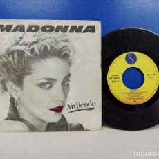 Discos de vinilo: SINGLE DISCO VINILO MADONNA ARDIENDO. Lote 183303461