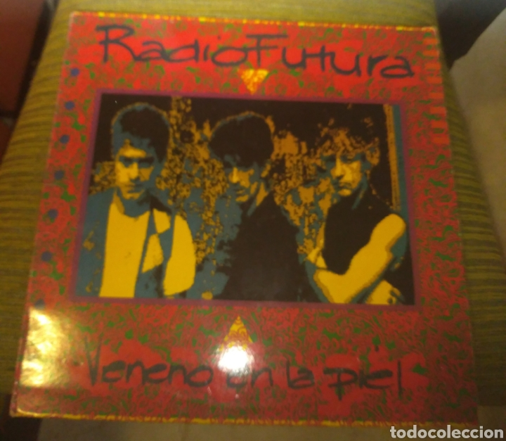 RADIO FUTURA - VENENO EN LA PIEL (Música - Discos - LP Vinilo - Grupos Españoles de los 70 y 80)