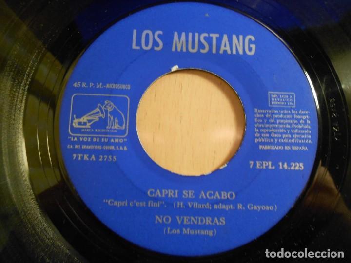 Discos de vinilo: MUSTANG, EP, ¡ SOCORRO ! (HELP) (Beatles) + 3, AÑO 1965 - Foto 4 - 183359502