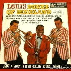 Discos de vinilo: LOUIS AND THE DUKES OF DIXIELAND (LP 1966) LOUIS ARMSTRONG - BOURBON STREET PARADE. Lote 183397716