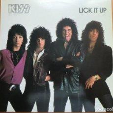 Discos de vinilo: LP KISS: LICK IT UP (1983) CONTIENE ENCARTE. MUY BUEN ESTADO. Lote 183508533