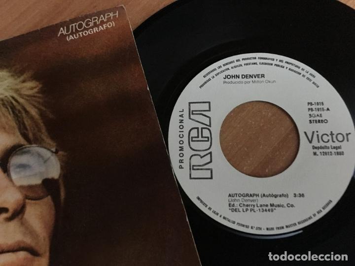 Discos de vinilo: JOHN DENVER (AUTOGRAPH) SINGLE SPAIN PROMO 1980 (EPI04) - Foto 2 - 183553593