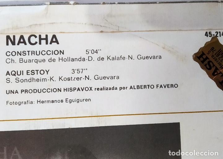 Discos de vinilo: SINGLE NACHA GUEVARA: CONSTRUCCCIÓN-AQUÍ ESTOY, 1981, muy buen estado, Hispavox– 45-2145(VG+_VG+) - Foto 3 - 183664728