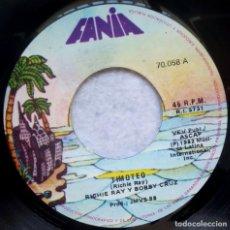 Discos de vinilo: RICARDO REY & BOBBY CRUZ - TIMOTEO / QUEDATE DONDE ESTAS - SINGLE PERUANO 1982 - FANIA - SALSA. Lote 183712002