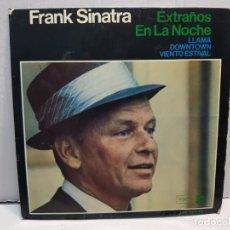 Discos de vinilo: SINGLE-FRANK SINATRA-EXTRAÑOS EN LA NOCHE EN FUNDA ORIGINAL AÑO 1966. Lote 183738092