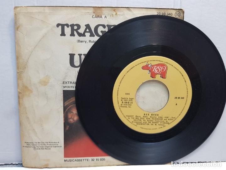 Discos de vinilo: SINGLE-BEE GEES -TRAGEDY en funda original año 1979 - Foto 3 - 183740352