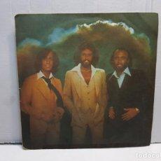 Discos de vinilo: SINGLE-BEE GEES -TOO MUCH HEAVEN EN FUNDA ORIGINAL AÑO 1978. Lote 183741200