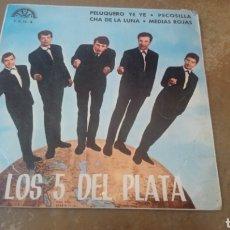 Discos de vinilo: LOS 5 DEL PLATA. PELUQUERO YE YE / PECOSILLA / MEDIAS ROJAS. EP BERTA.. Lote 183917765