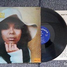 Discos de vinilo: MARTINHA - PRESENTANDO A MARTINHA. EDITADO POR HISPAVOX. AÑO 1971.CONTIENE LETRAS DE LAS CANCIONES. Lote 183921333