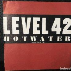 Discos de vinilo: DISCO SINGLE LEVEL 42, HOT WATER, AGUA CALIENTE, POLYDOR. Lote 184167422