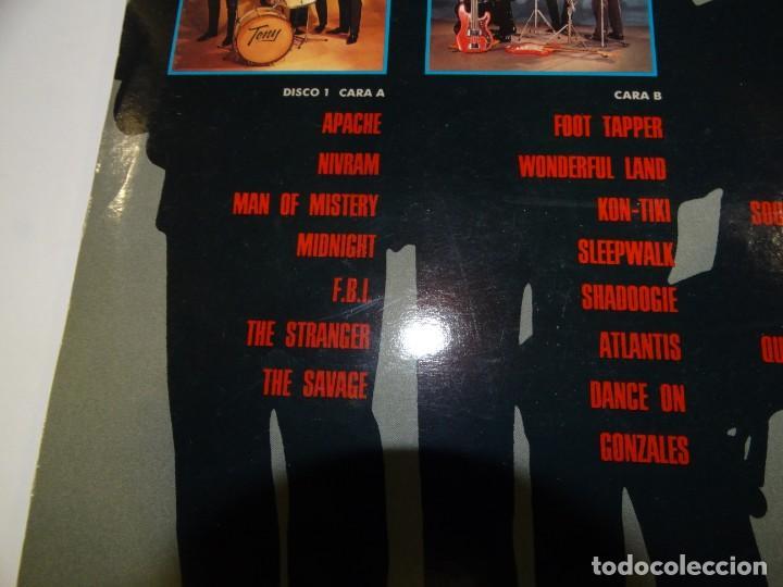 Discos de vinilo: THE SHADOWS COLLECTION DOBLE LP 1991 - Foto 3 - 184569392