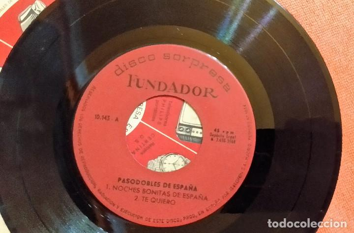 Discos de vinilo: SINGLE DISCO SORPRESA FUNDADOR 10.143 PASODOBLES DE ESPAÑA, 1968, (VG_VG+) - Foto 3 - 184932262