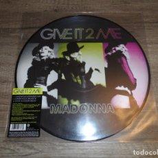 Discos de vinilo: MADONNA - GIVE IT 2 ME (PICTURE DISC). Lote 185057261