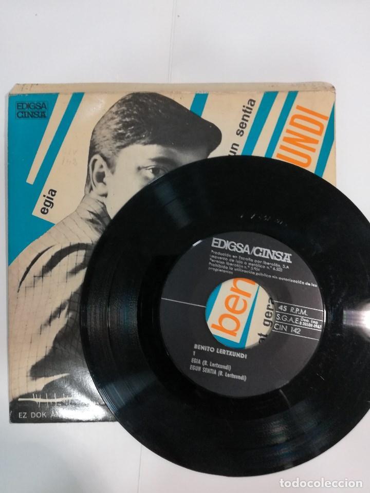 Discos de vinilo: BENITO LERTXUNDI ( 1967): EGIA / EGUN SENTIA / ZENBAT GERA / LORETXOA - Foto 3 - 185221805