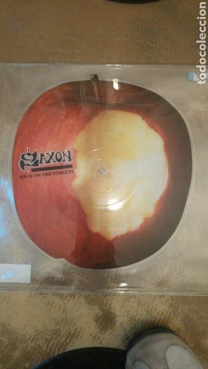 SAXON-BACK ON THE STREETS - VINILO PICTURE DISC CON FORMA DE MANZANA (Música - Discos de Vinilo - Maxi Singles - Heavy - Metal)