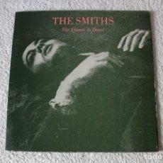 Discos de vinilo: THE SMITHS: THE QUEEN IS DEAD - LP. ROUGH TRADE 1986 (DOBLE PORTADA) EDICION ESPAÑOLA. Lote 185914571