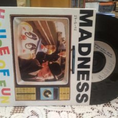 Discos de vinilo: MADNESS HOUSE OF FUN SINGLE UK 1992 PDELUXE. Lote 186064306