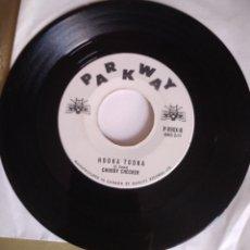 Discos de vinilo: CHUBBY CHECKER - HOOKA TOOKA / LODDY LO. SOLO DISCO. Lote 186311895