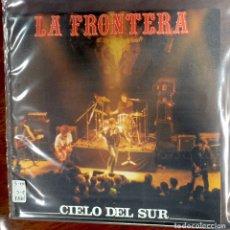 Discos de vinilo: LA FRONTERA. CIELO DEL SUR/ JUDAS EL MISERABLE. SINGLE.. Lote 186347616